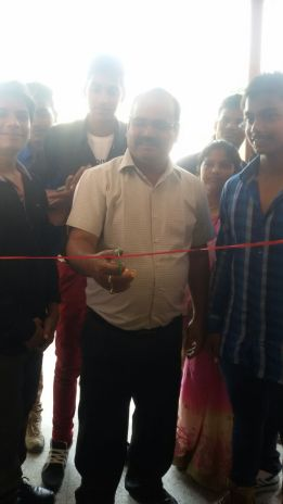 Principle Mr Vijyesh Pande inaguarated the Book Exhibition on 5.9.15